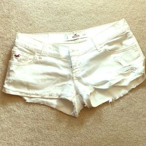 🔥Hollister White Shorts NWOT🌺